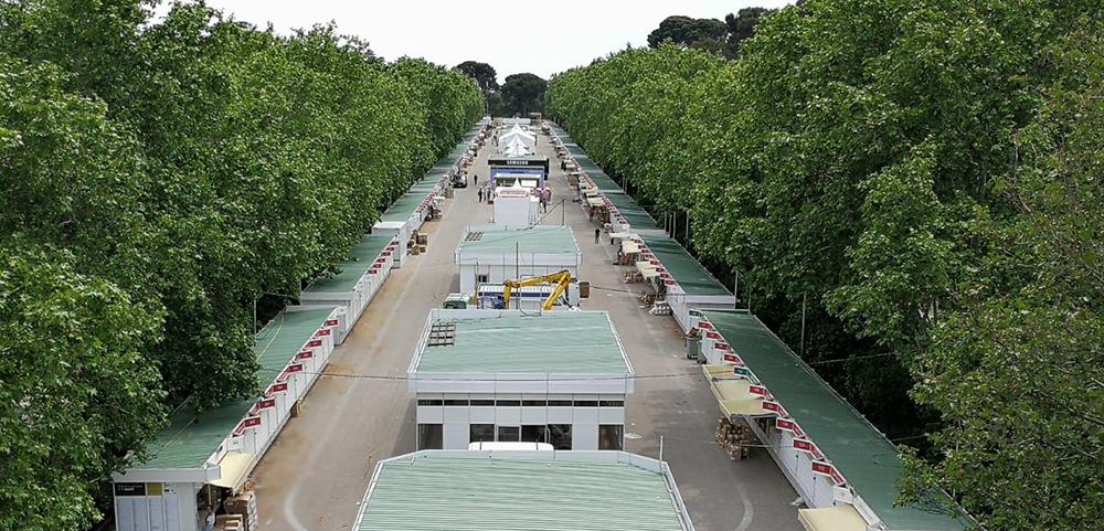 El montaje de la FERIA DEL LIBRO DE MADRID a cargo de IBERSTAND.
