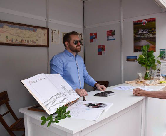 IBERSTAND monta las casetas de VI FERIA MULTISECTORIAL de PEÑARANDA de BRACAMONTE (SALAMANCA)